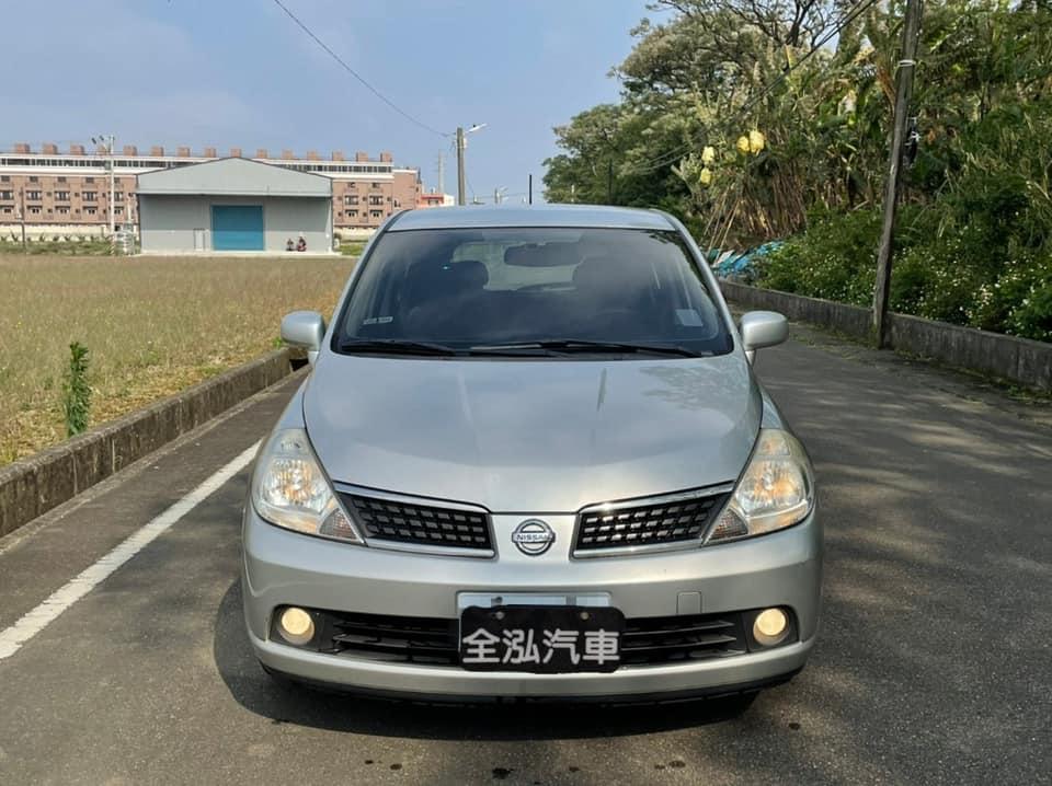 2009年Nissan TIIDA 5門