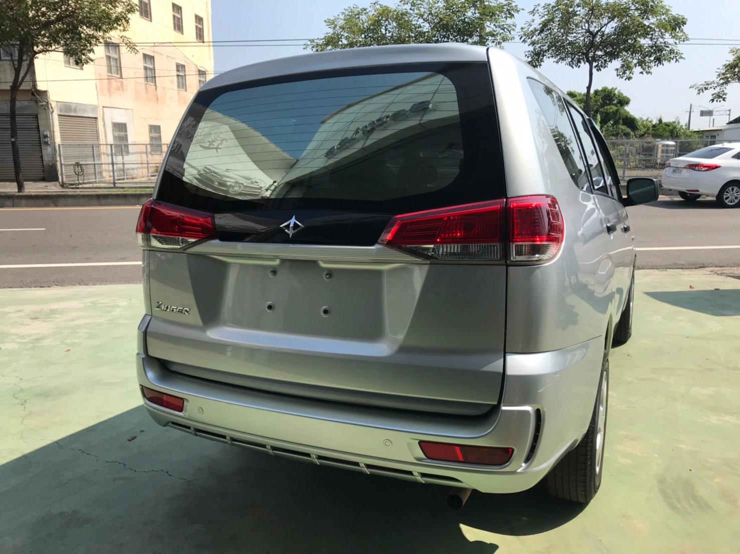 2018勁歌 銀 里程保證4萬多 優質商用車 39.8萬  可認證_210828_0
