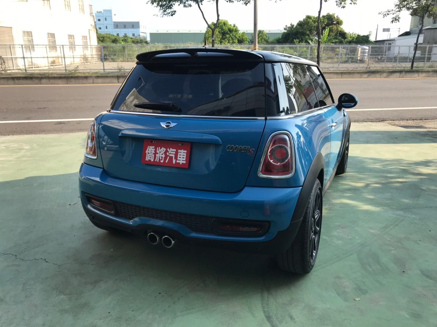 LINE_ALBUM_20129 特仕版COOPER S。17吋鋁圈。雙排氣尾管 保證一手女用車  夢想玩具車 59.9_210919_4