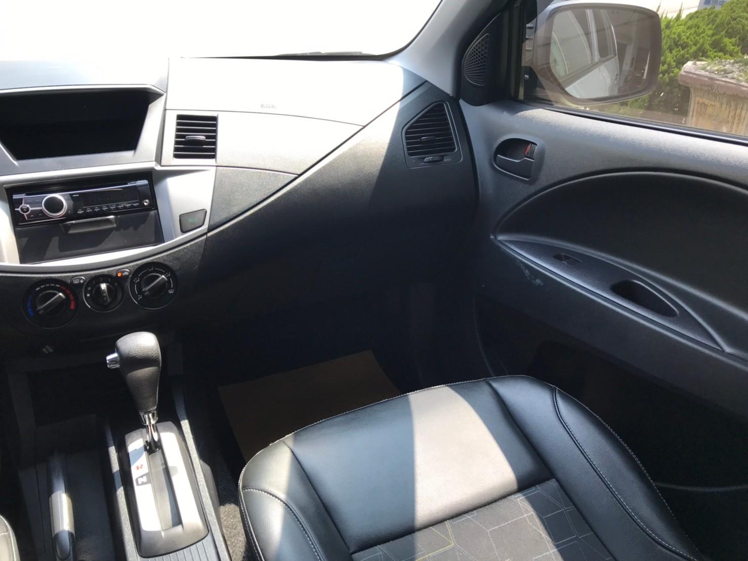 2018勁歌 銀 里程保證4萬多 優質商用車 39.8萬  可認證_210828_5