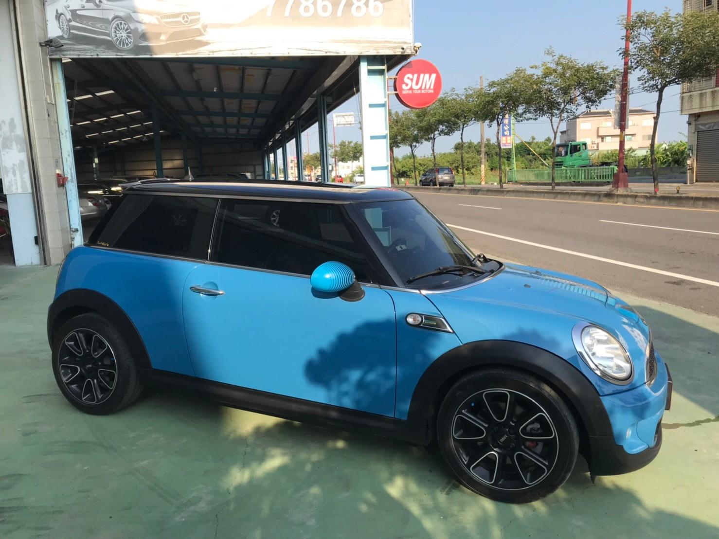 LINE_ALBUM_20129 特仕版COOPER S。17吋鋁圈。雙排氣尾管 保證一手女用車  夢想玩具車 59.9_210919_5