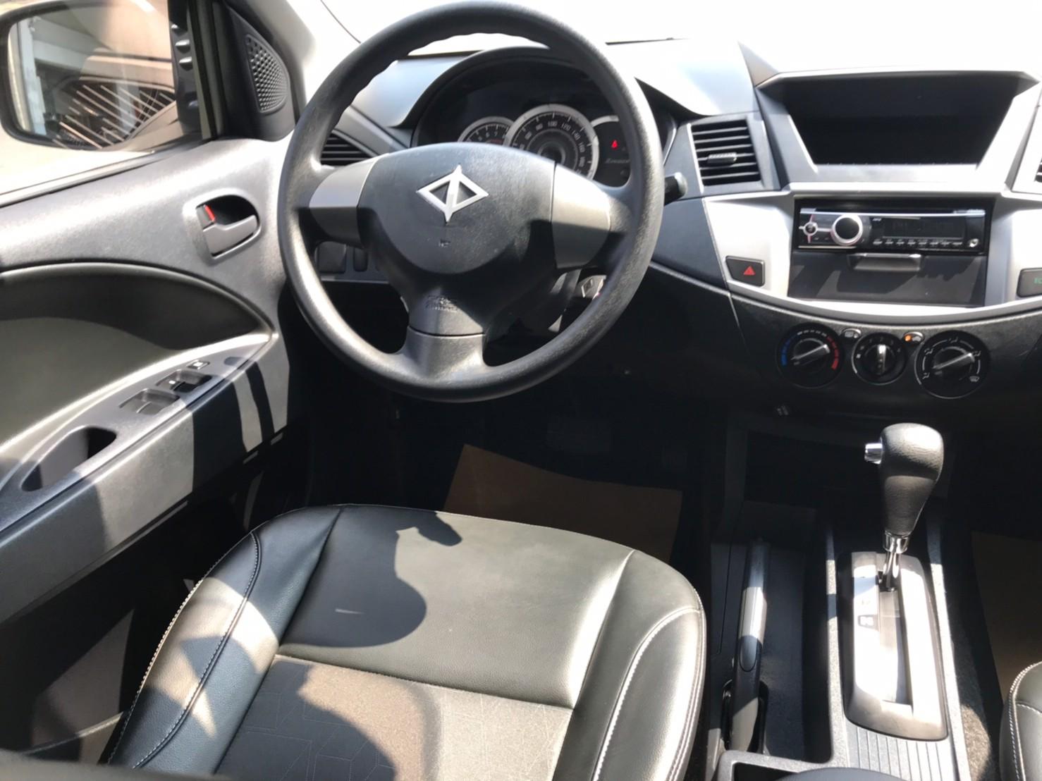 2018勁歌 銀 里程保證4萬多 優質商用車 39.8萬  可認證_210828_6