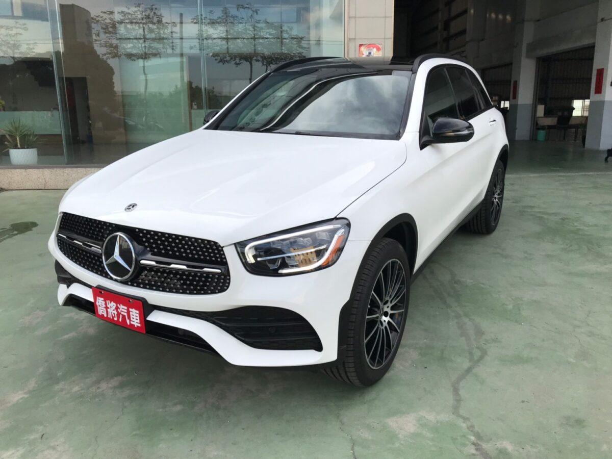 GLC300 2019年白色2020型夜色版193本。SUM208。現場開210_210523_0